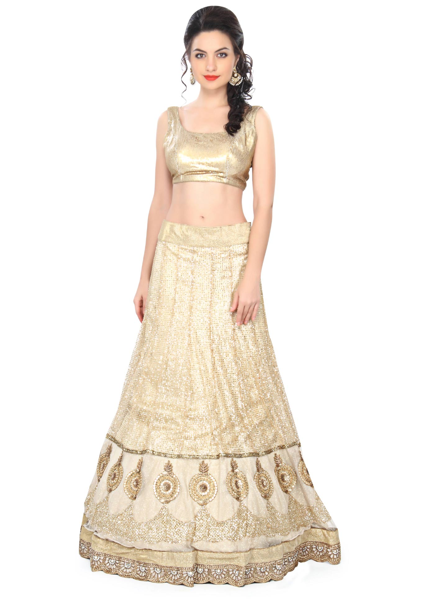e25e24773c9465 Cream shimmer lehenga enhanced in sequin embroidery only on KalkiMore Detail