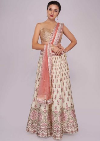 Off white lehenga in foil printed butti with pink net dupatta
