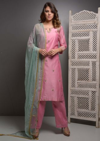 Pink chanderi suit set in gotta patch embroidery and butti