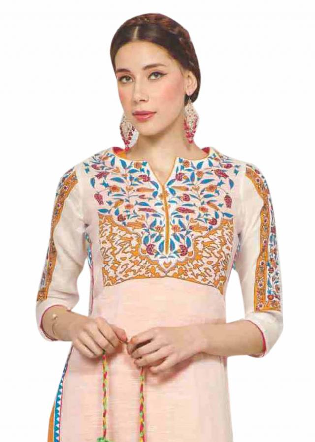 Off white kurti with printed yoke and sleeve