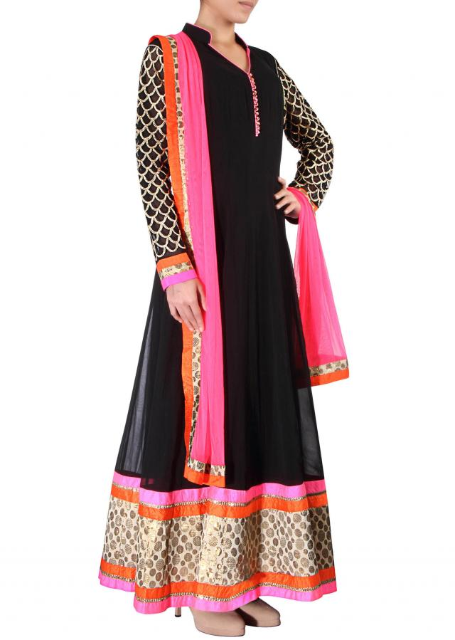 Anarkali suit in black features with embroidered sleeve only on Kalki
