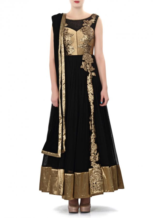 Black anarkali suit featuring with embellished kali only on Kalki