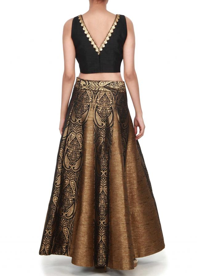 Black and brown skirt matched with crop top only on Kalki