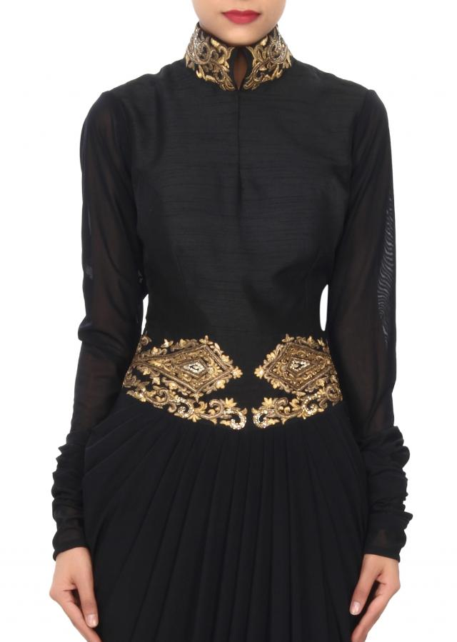 Black gown embellished in zari and cowl drape only on Kalki