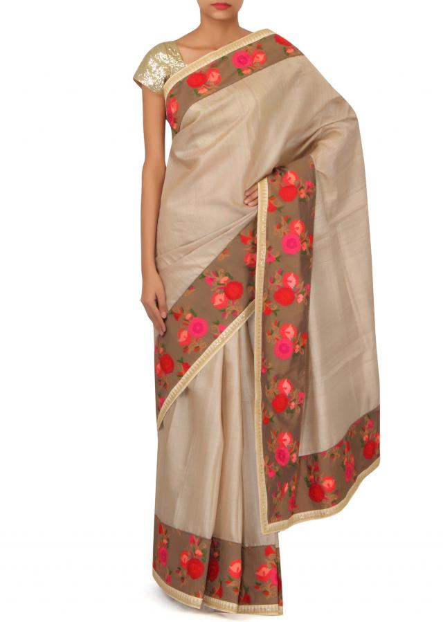 Buff ‌cream saree with thread embroidered border only on Kalki