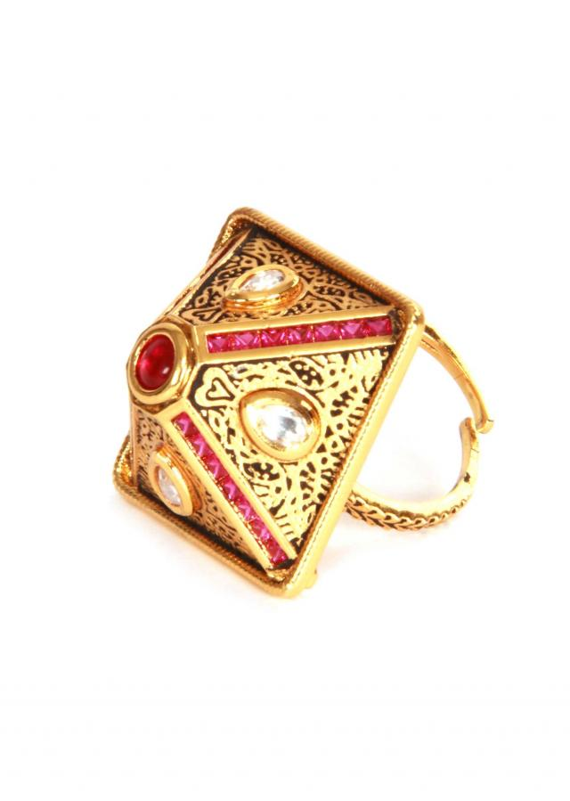 Ethnic gold plated textured kundan ring by Ra Abta for Kalki