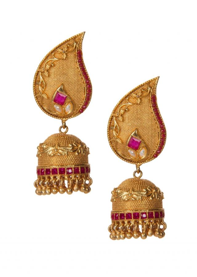 Golden Jhumkis Adorn In Kundan and Gold Droopers only on Kalki