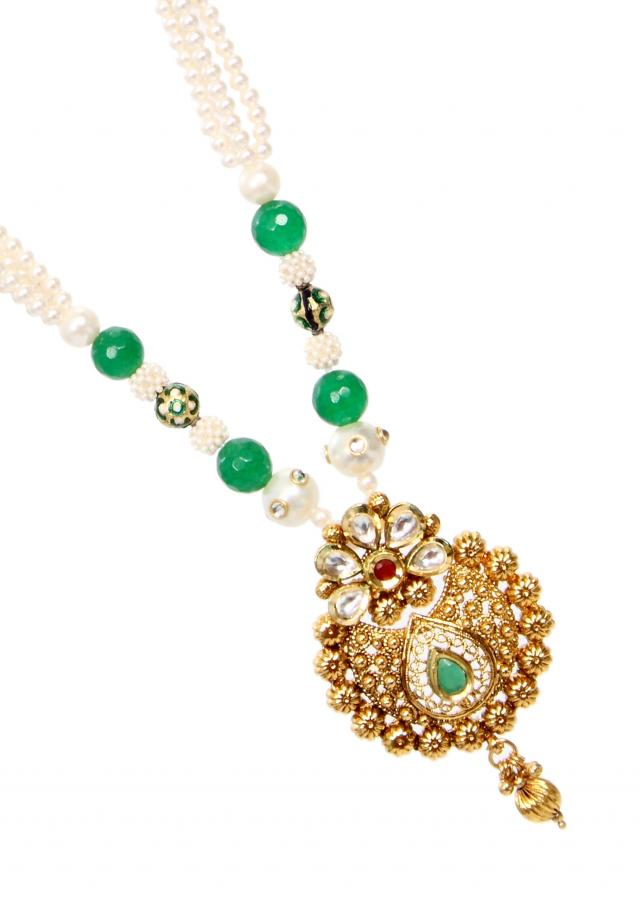 Green and white traditional mala to wear on any Indian combinations only on Kalki