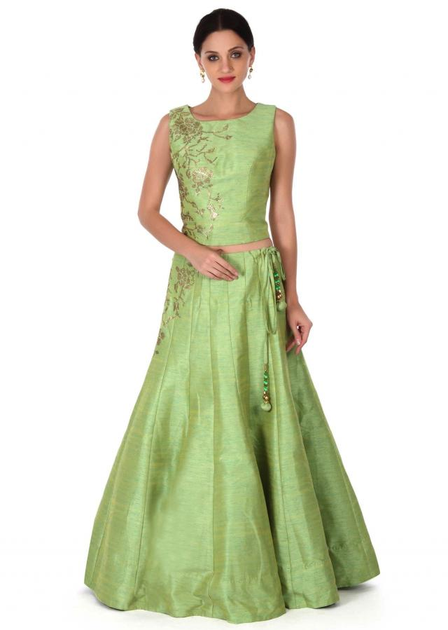 Green lehenga adorn in kundan embroidery only on Kalki