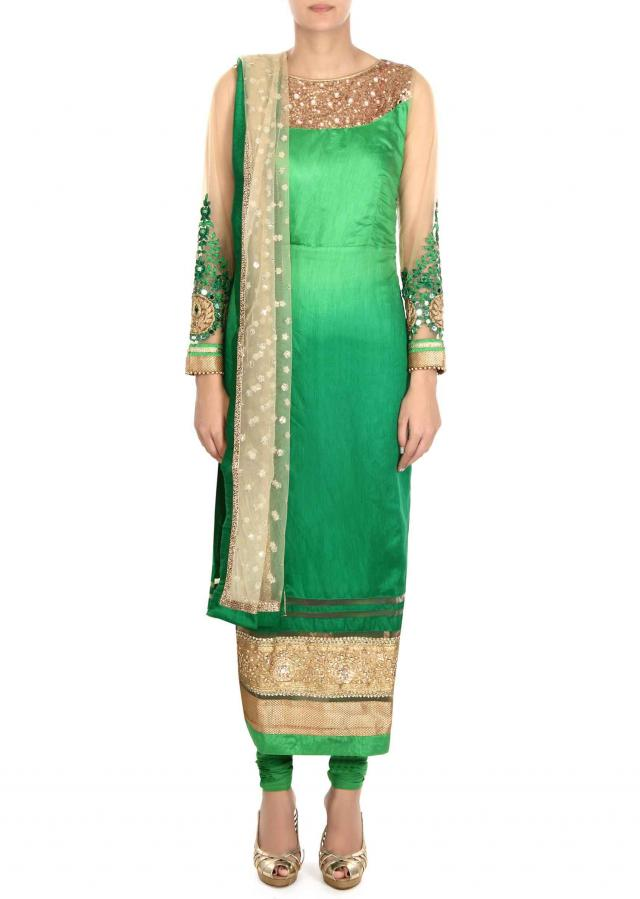 ‌Green shaded suit adorn in mirror and sequin only on Kalki