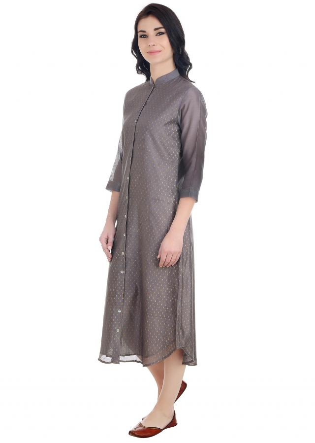 Grey tunic fashioned with stunning zari teardrops all over