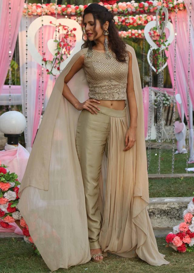 Palak Tiwari in Kalki grey crop top with drape palazzo suit with fancy cape