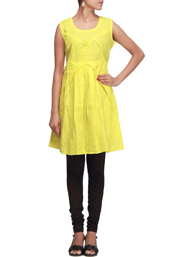 Lime green kurti featuring with box pleats