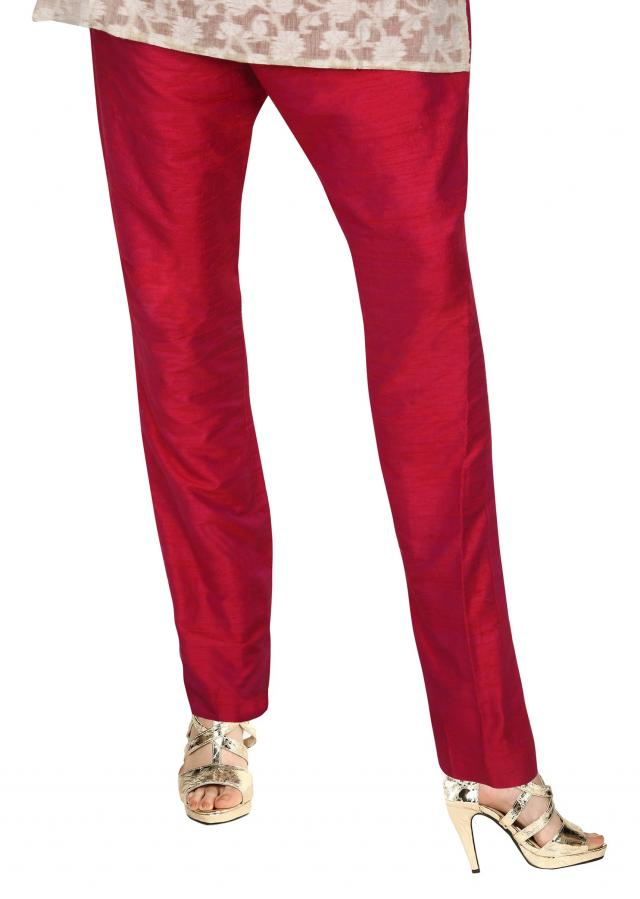 Maroon cigarette pant featuring in silk