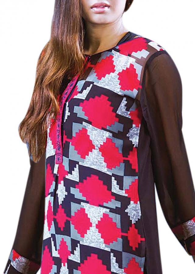 Multi color kurti features with geometric print