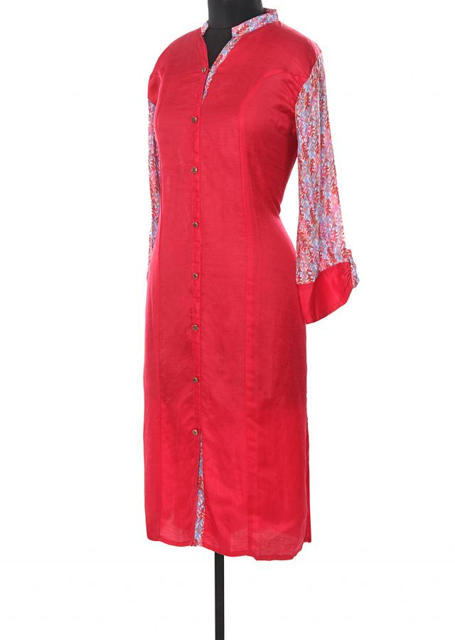 Pink kurti featuring with printed collar and sleeve only on Kalki