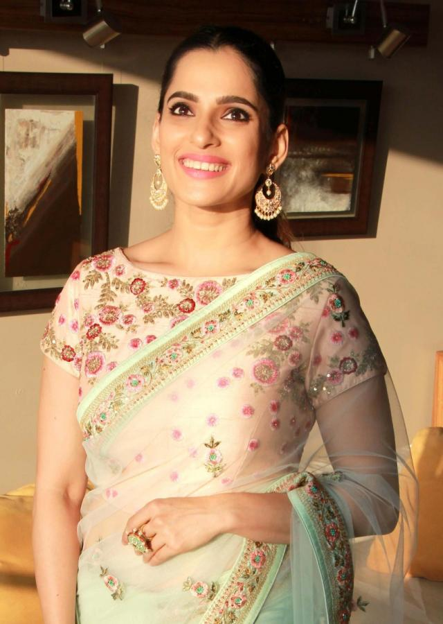 Priya Bapat in kalki pista green net saree with floral resham embroidery and butti