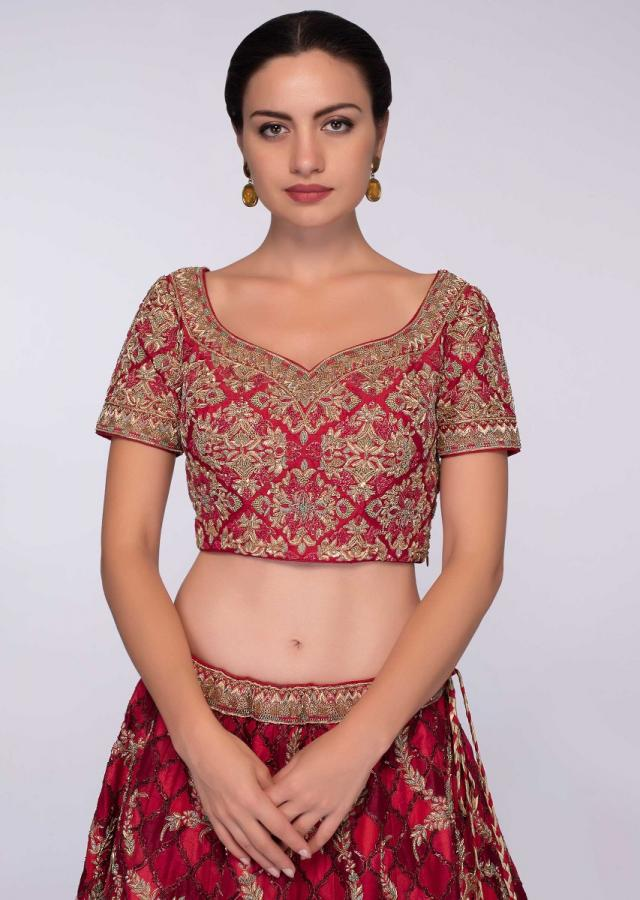 Red And Dark Maroon Lehenga Set In Embroidered Raw Silk With Net Dupatta Online - Kalki Fashion