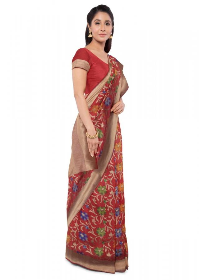 Red Banarasi Saree With Matching Blouse Piece Online - Kalki Fashion